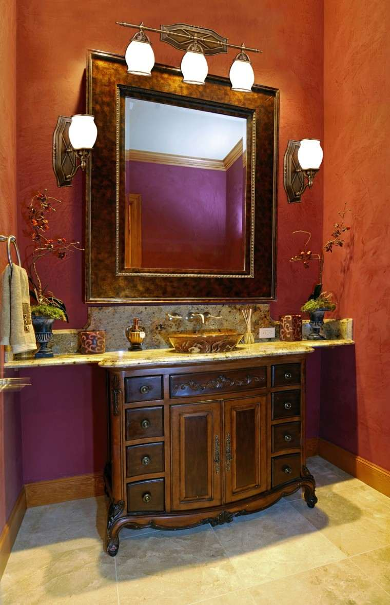baño estilo retro pared naranja