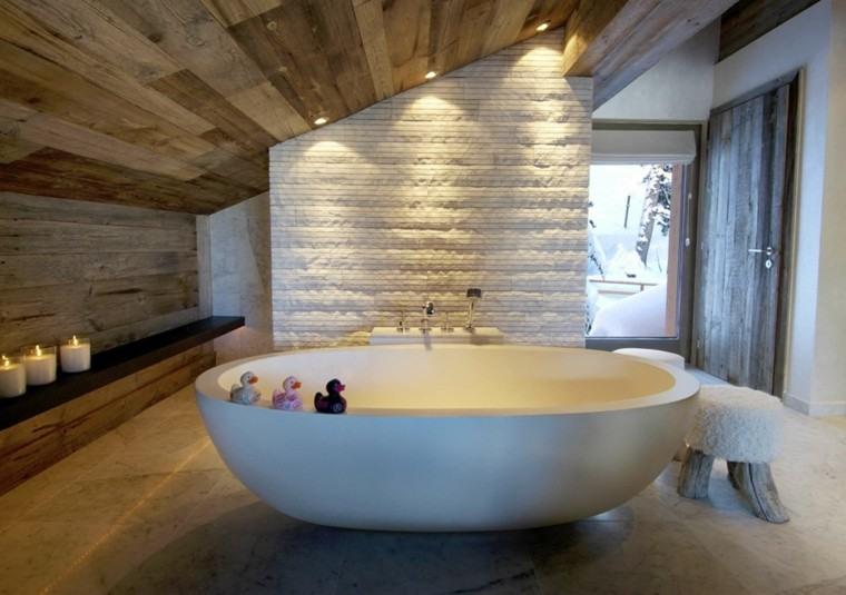 cuartos de baño rusticos techo madera