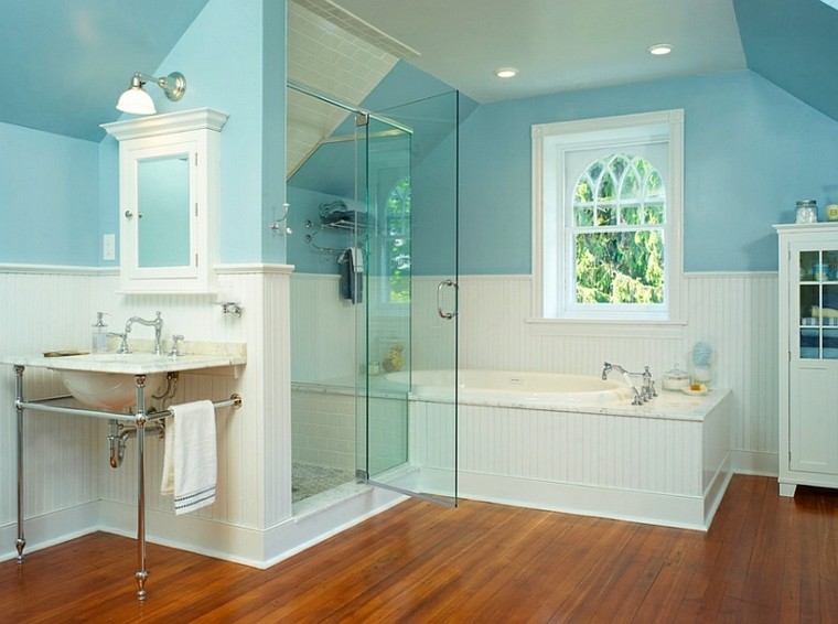 azul y blanco los colores de moda para interiores not so empty nest bathroom steal ideas from our best