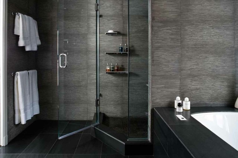 Trend On The Rise Wood And Metal Wall Gallery: Baños Modernos Con Ducha