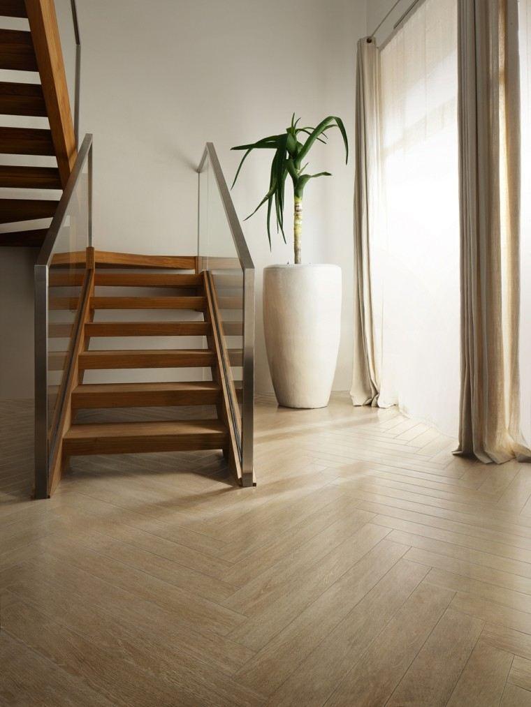 Baldosas azulejos y losas que imitan madera muy originales for Escaleras imitacion madera