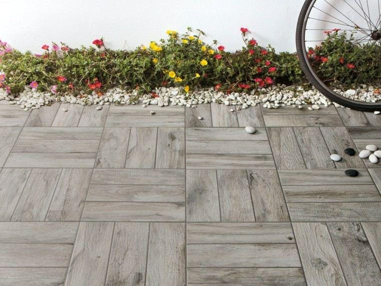 Baldosas azulejos y losas que imitan madera muy originales for Baldosas para jardin baratas