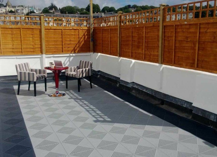 Suelo terraza 25 ideas de dise o y decoraci n - Colores de baldosas ...