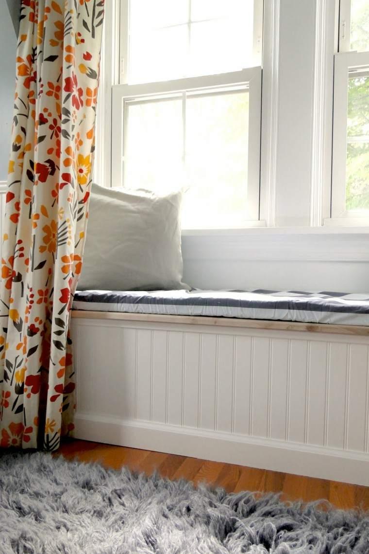 banco ventana blanco cortina flores