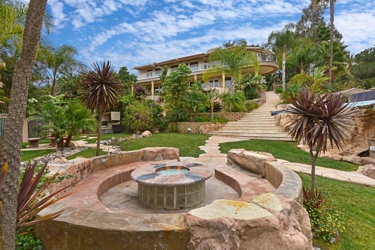 bancos piedra jardin amplio cesped precioso verde ideas