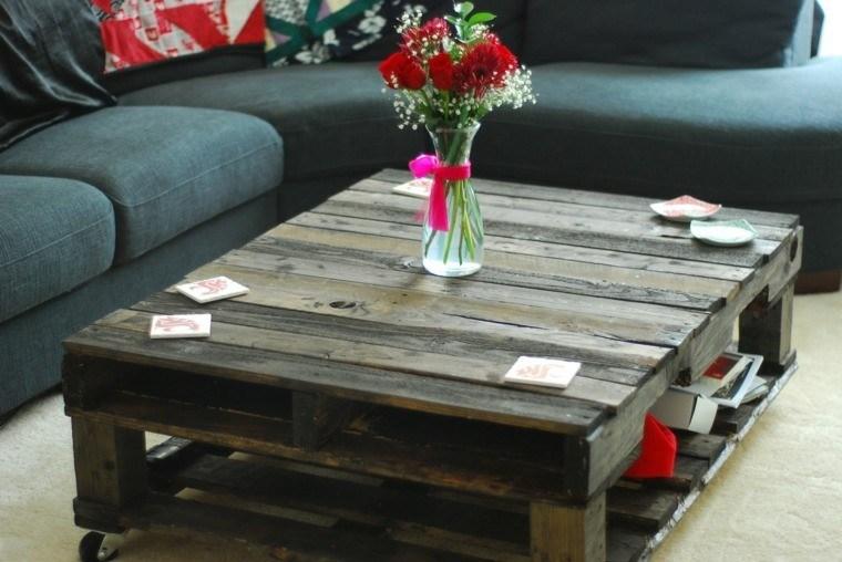bonita mesa flores rojas madera