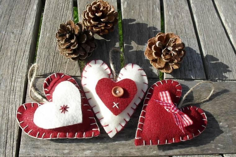 bonitos adornos corazones navidad