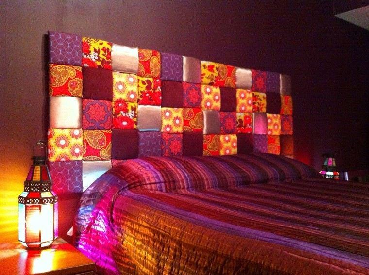 cabecero cama dormitorio moderno colores vibrantes ideas