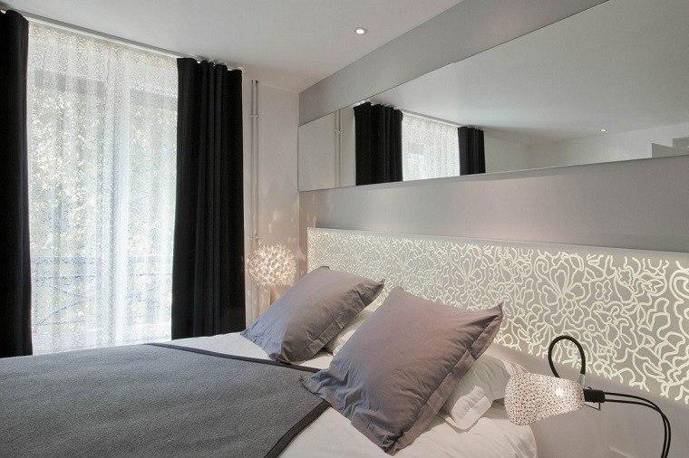 cabecero cama dormitorio moderno iluminacion LED ideas