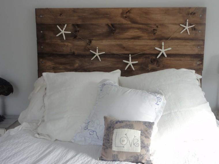 cabecero madera estrellas mar colgantes