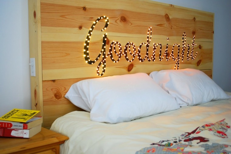 cabecero madera luces letras led