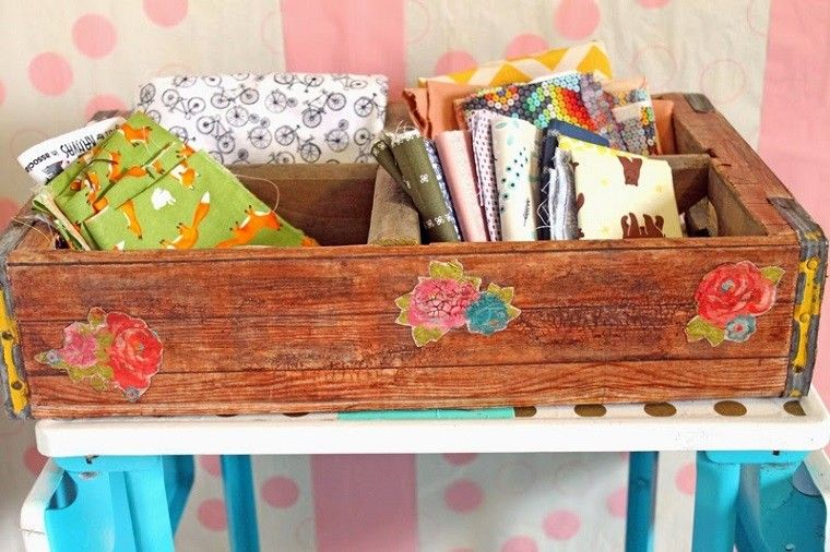 cajas madera decoradas pegatinas