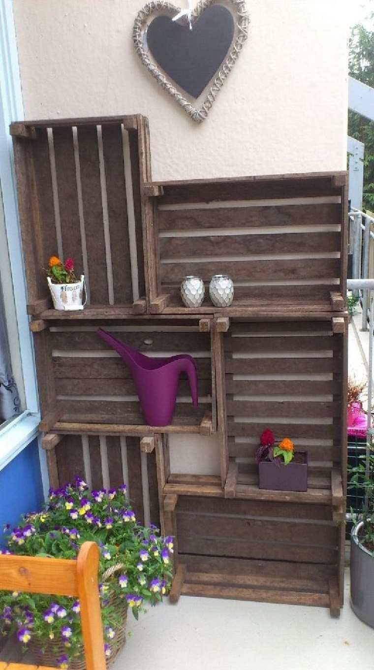 cajas madera estanterçias terraza