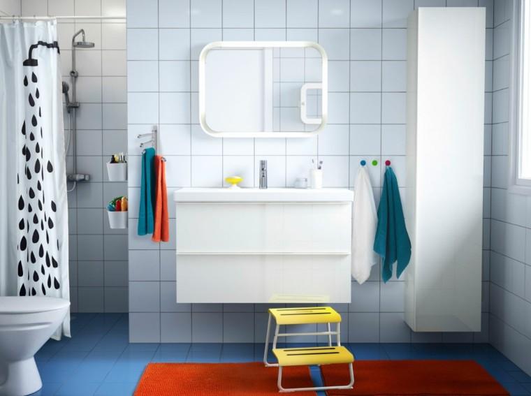 escalera baño niños amarilla