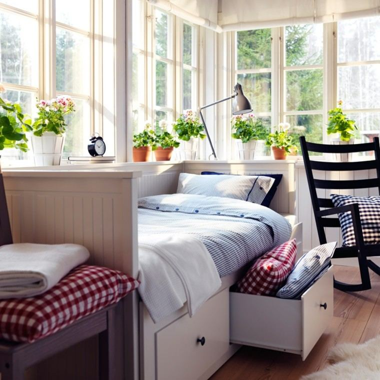 cama blanca  estilo retro