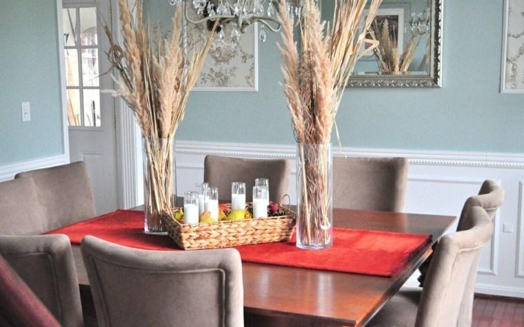 casa creativa jarrones silla rojo