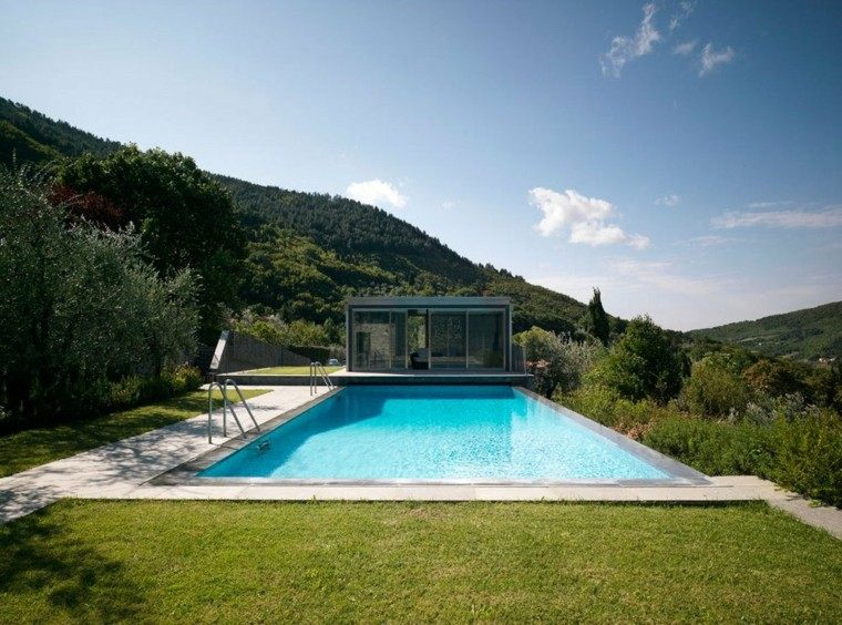 casa puertas deslizables cristal jardin piscina ideas