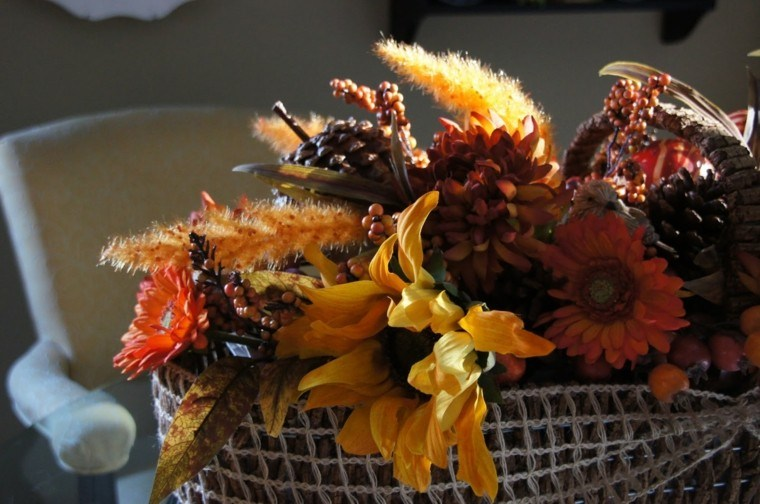 centro flores variado mesa silla