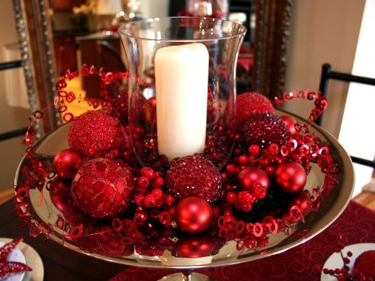 centro mesa adornos color rojos