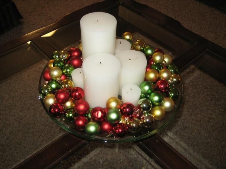 centro mesa bolas velas blancas