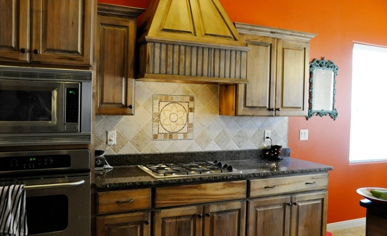 cocina rustica pared color naranja