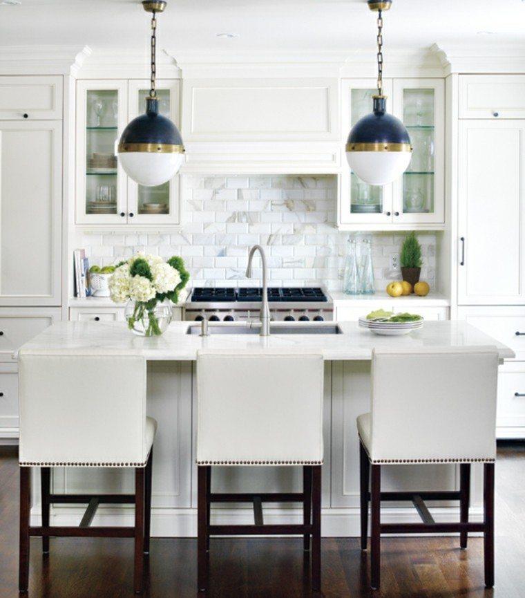 cocina clasica funcional lamparas preciosas ideas