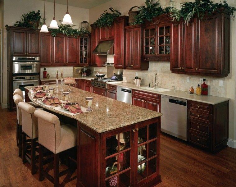 cocina clasica preciosa muebles cereza isla ideas