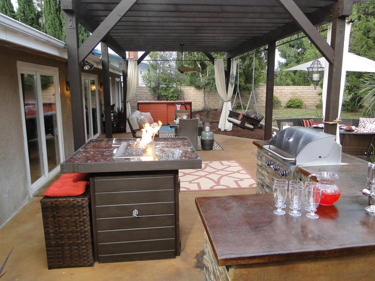 cocina exterior pergola madera isla fuego interesante ideas