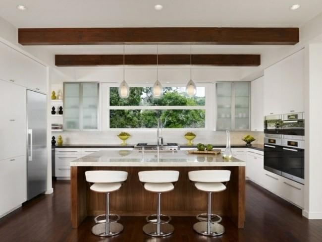 cocina moderna vigas madera techo