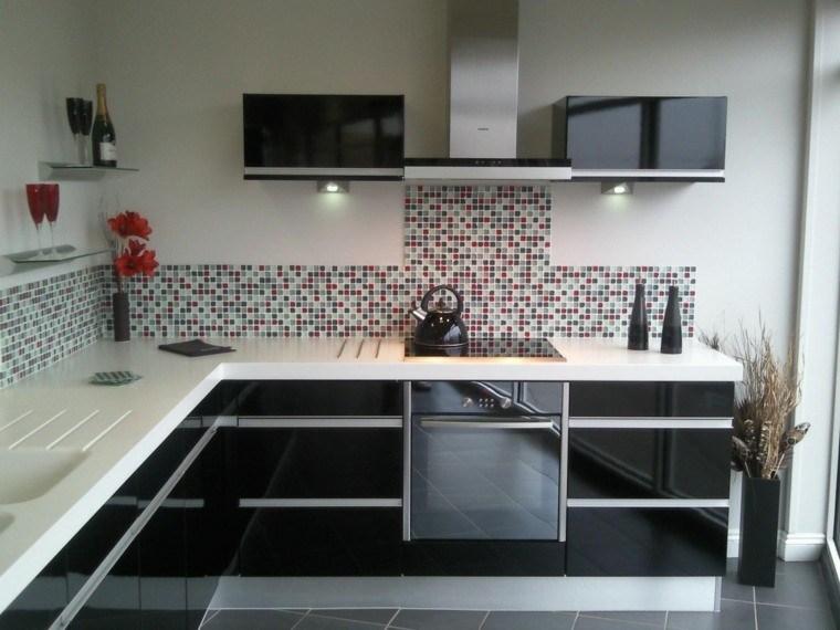 Magia negra en la cocina 50 ideas de muebles en negro - Paredes para cocina ...