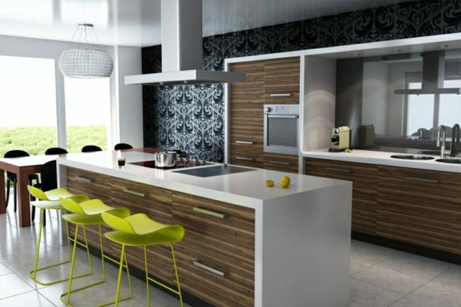 cocina moderna  sillas verdes