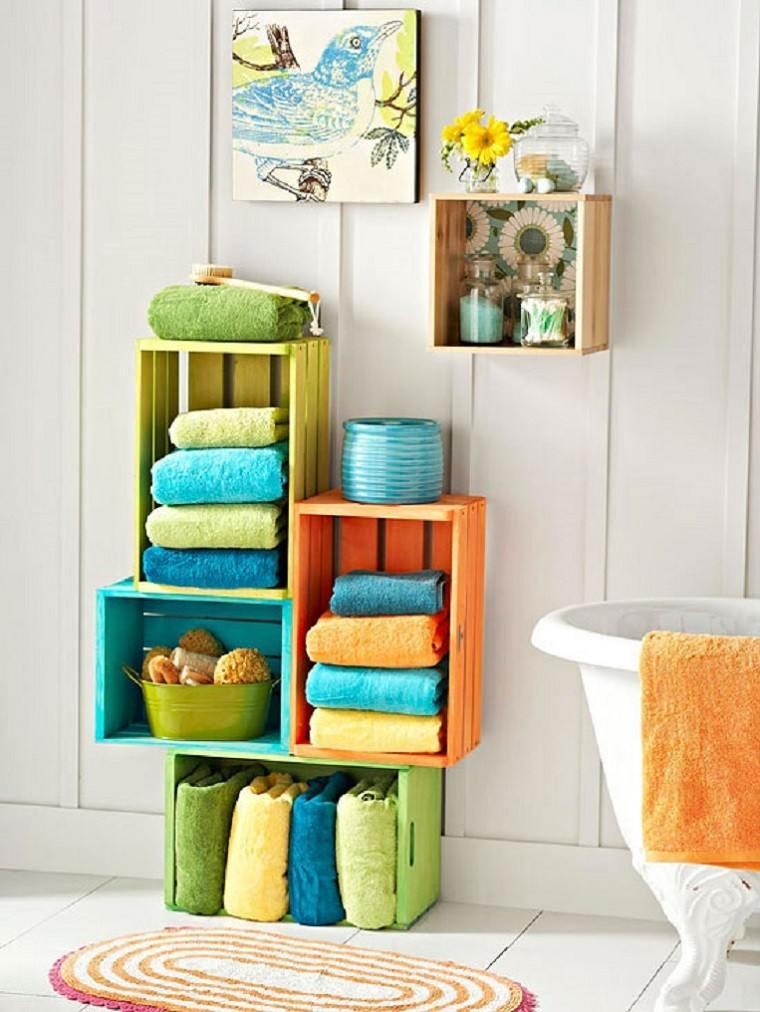 colores cajas fruta baño toallas