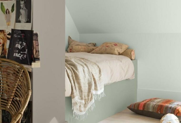 como pintar una habitacion estilo cuadros pequeña