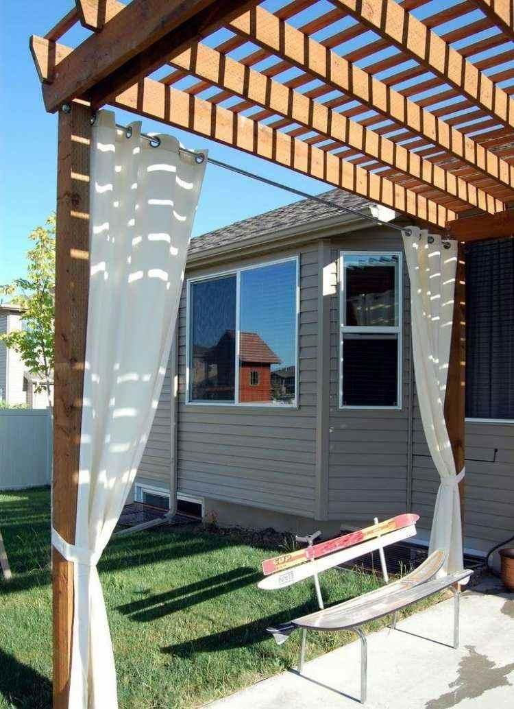 pergolas de madera con cortinas trend. Black Bedroom Furniture Sets. Home Design Ideas