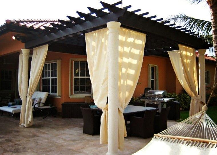 cortinas pergola blancas hamaca madera