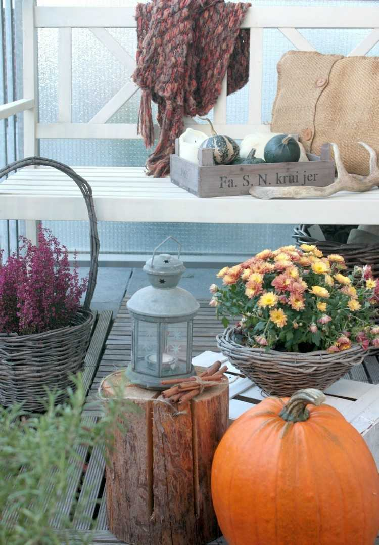 decorar balcon calabaza naranja objetos