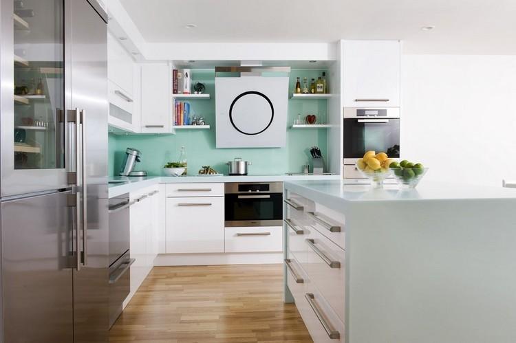 Decoracion de cocinas a todo color 78 ejemplos for Color credence cocina blanca