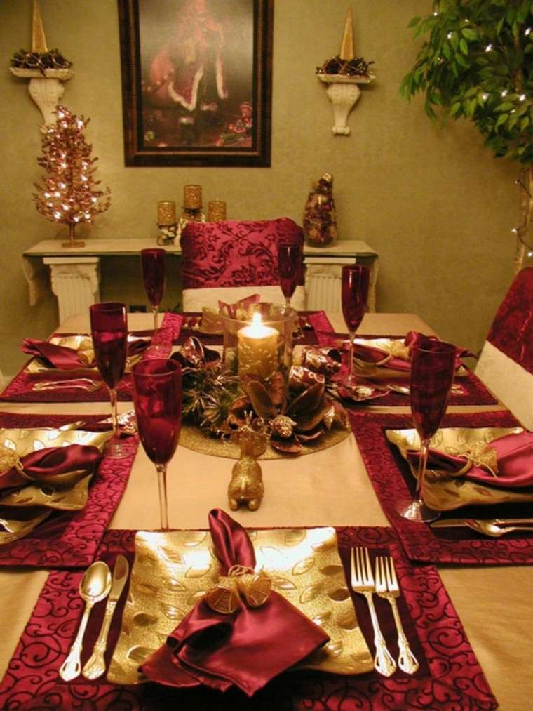 decoración mesa dorado rojo