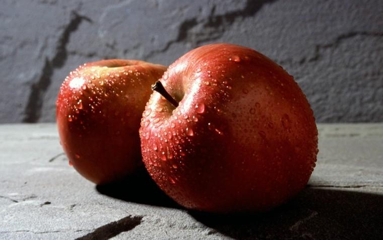 decoracion miniomalista dos manzanas