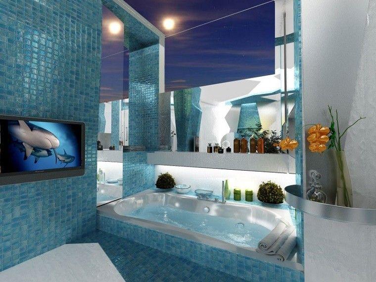 decoracion de baños mosaico azul estantes espejos ideas