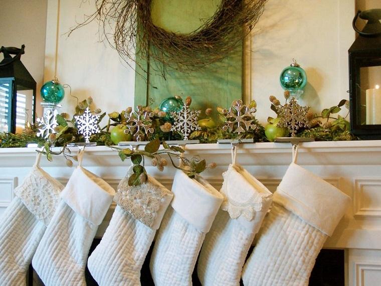 decoracion navidad chimenea calcetines guirnalda ideas