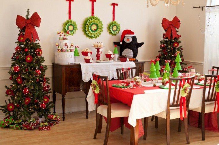 decoracion navidad estilo americano pinguino dos arboles ideas