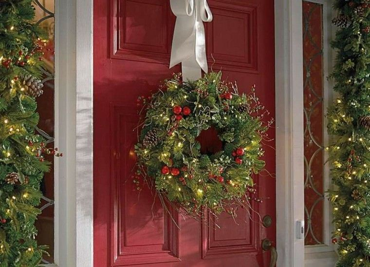 decoracion navidad estilo americano puerta guirnalda ideas