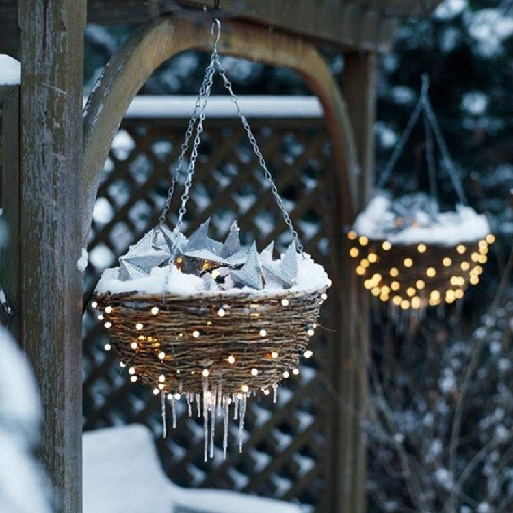 decoracion navidena luces cestos iluminados exterior ideas