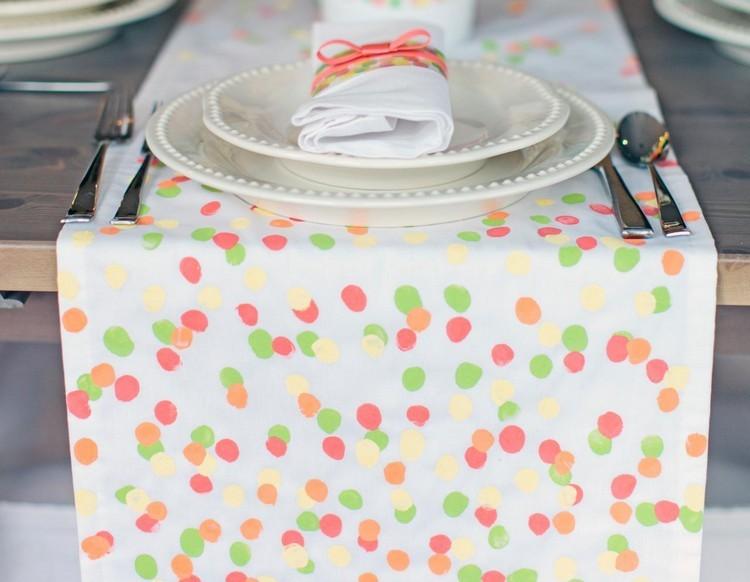 detalle esferas servilletas cubiertos servilleta