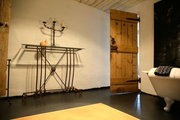 diseño baño rustico puerta madera