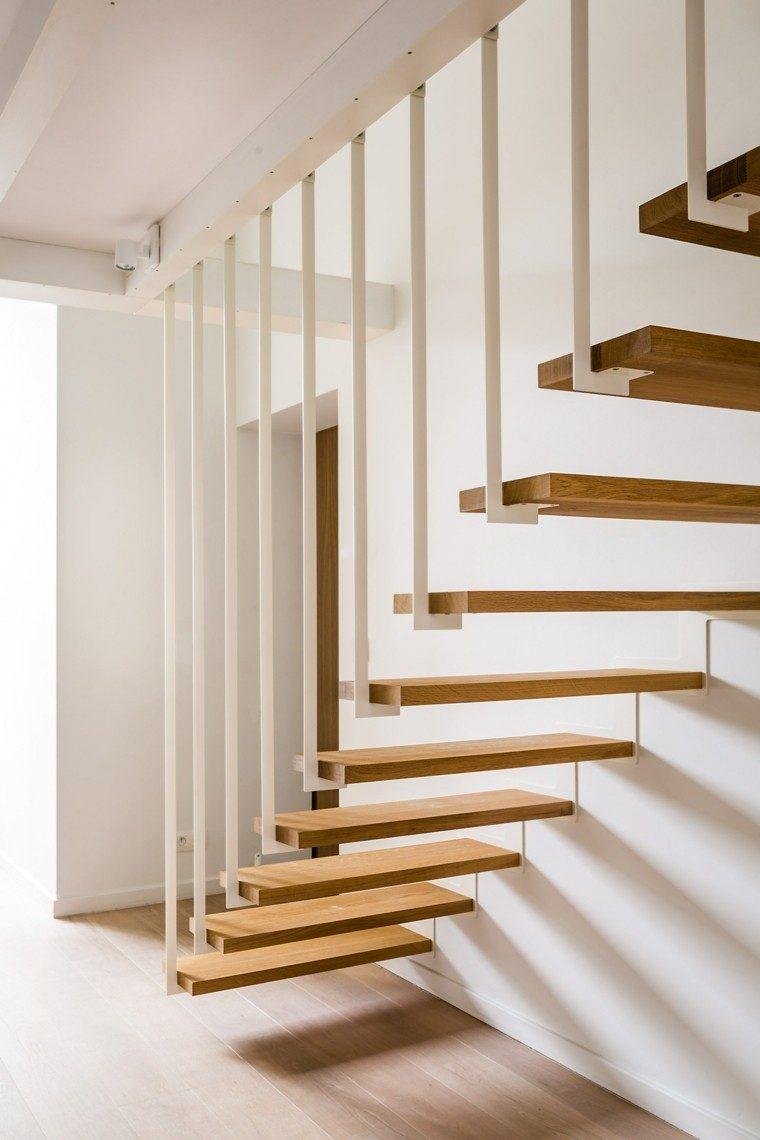 escaleras colgantes vs escaleras suspendidas. Black Bedroom Furniture Sets. Home Design Ideas