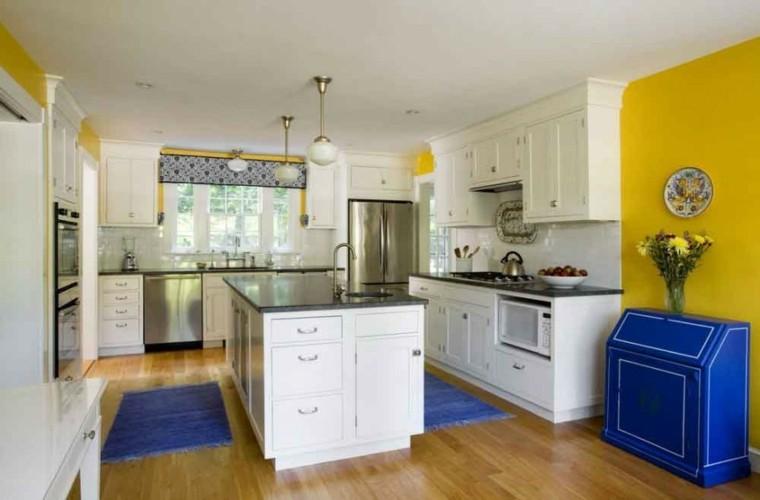 diseño cocina color amarillo azul