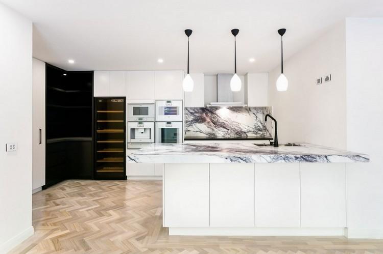 diseño cocina blanca moderna encimera