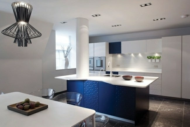 diseño cocina moderna blanco azul
